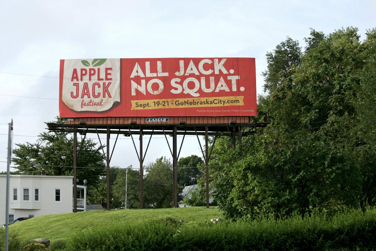 NEC_JackSquat